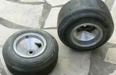 roue karting pi ces et voitures de course vendre de rallye et de circuit. Black Bedroom Furniture Sets. Home Design Ideas