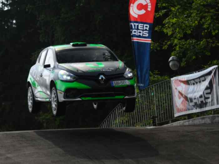 LOCATION France & Alps Trophy - Clio R3T for rent (all Europe) competitive price 1