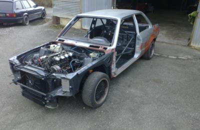 bmw moteur m3 e30 pi ces et voitures de course vendre de rallye et de circuit. Black Bedroom Furniture Sets. Home Design Ideas