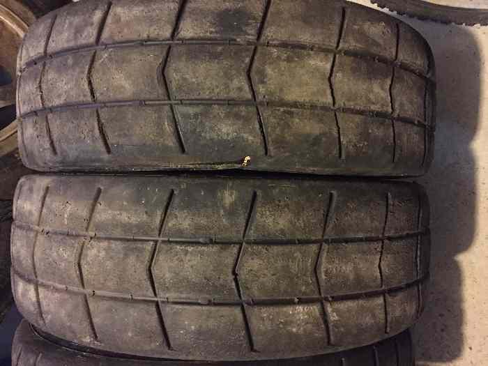 pneu 14 pouces pi ces et voitures de course vendre de rallye et de circuit. Black Bedroom Furniture Sets. Home Design Ideas