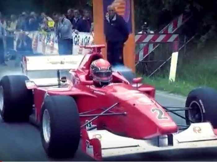 Chassis roulant F3000 Lola
