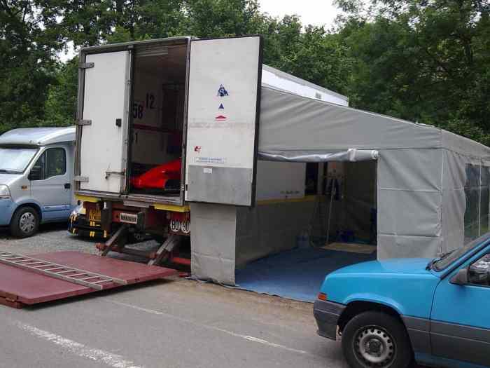 camion atelier vasp pi ces et voitures de course vendre de rallye et de circuit. Black Bedroom Furniture Sets. Home Design Ideas