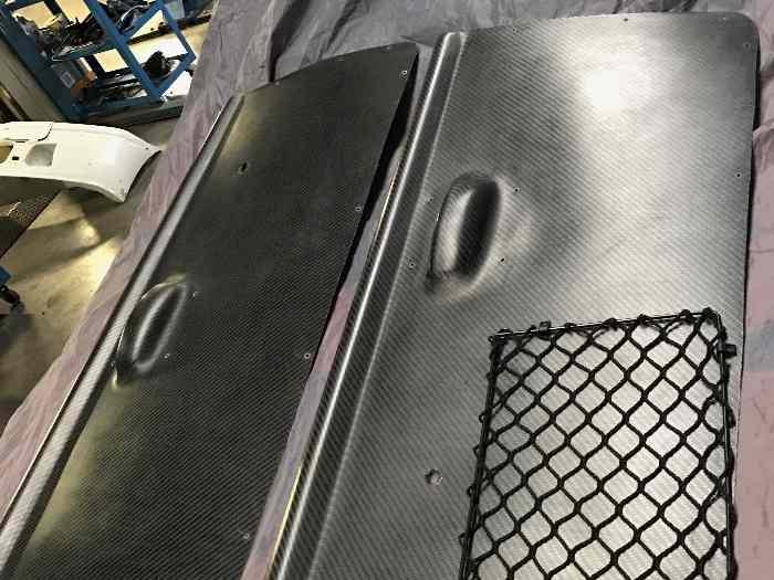 Panneaux des portes interieur bmw e30 coup en carbon for Interieur e30