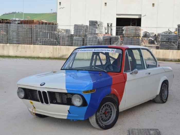 bmw 2002 pi ces et voitures de course vendre de rallye et de circuit. Black Bedroom Furniture Sets. Home Design Ideas