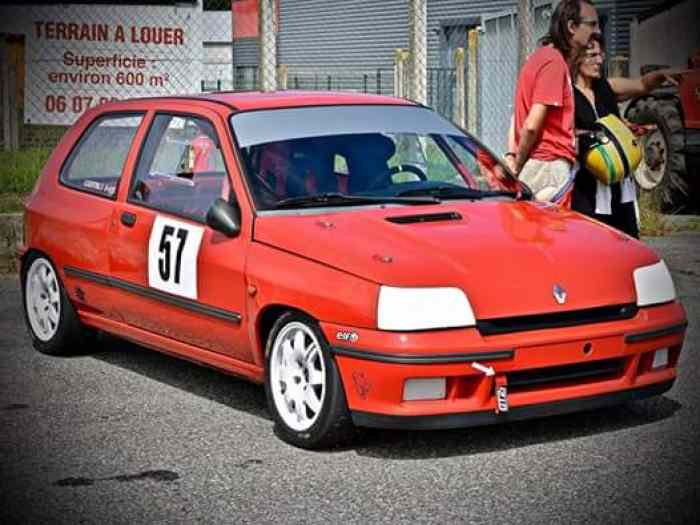 Clio Williams f2000 possibilite grA 2