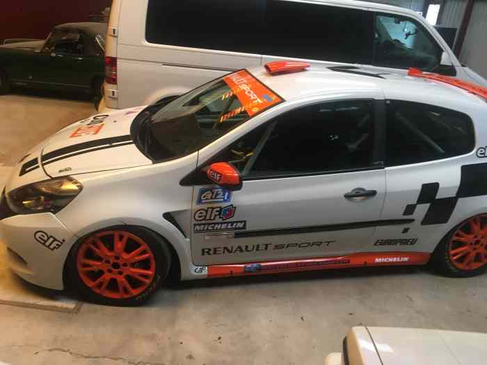 clio 3 cup