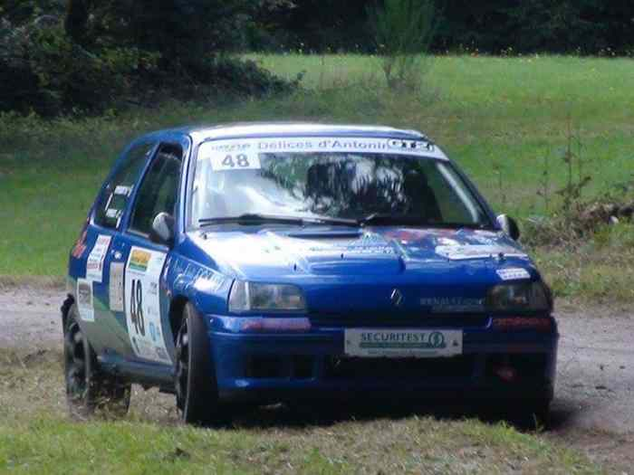 clio William f2000 14