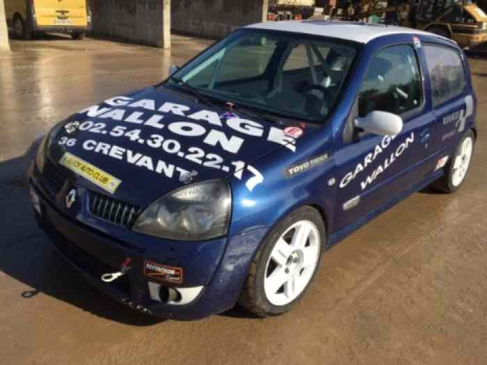Clio 2 RS groupe F2000 ou N