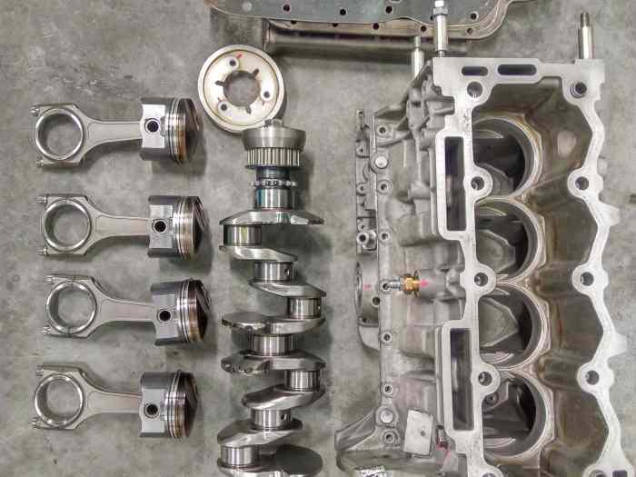 bas moteur 205 rallye ax sport tu24 pi ces et voitures de course vendre de rallye et de. Black Bedroom Furniture Sets. Home Design Ideas