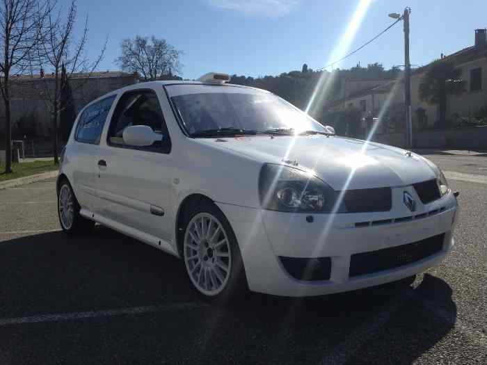 Clio 2 rs gr n 3