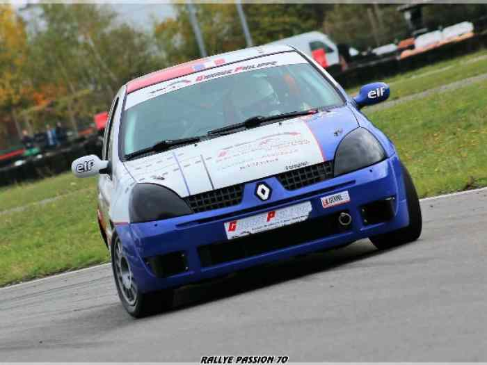 Clio 2 cup