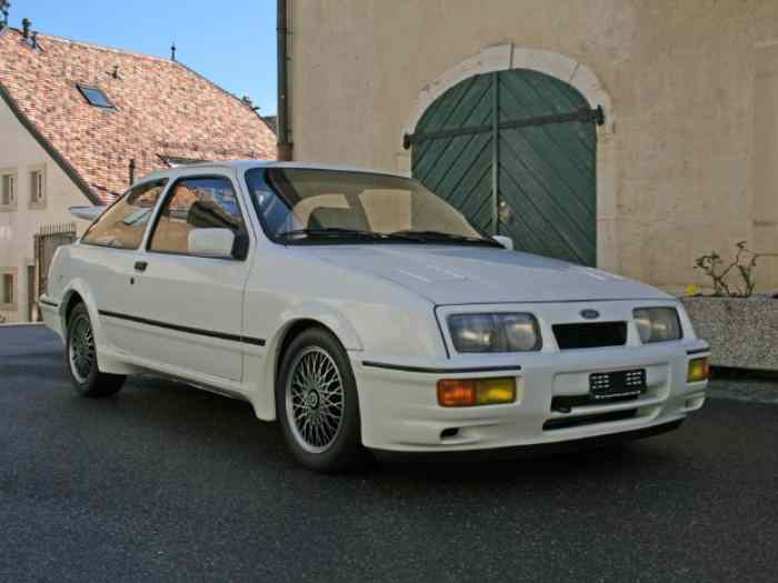 FORD SIERRA COSWORTH RS 2 PORTES