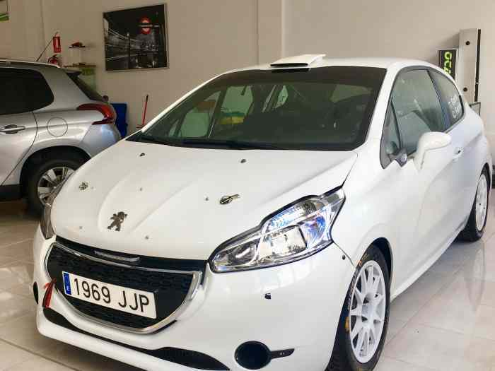 Peugeot 208 R2 spain full evolution 4