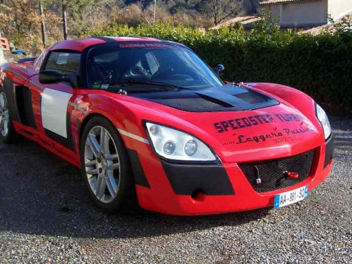 VENDS OU ECHANGE SUPERBE OPEL SPEEDSTER TURBO REPRISE POSSIBLE 2