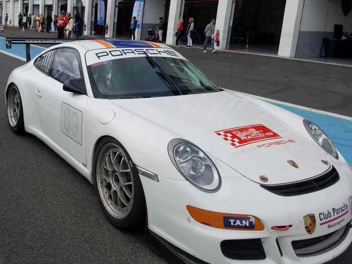 911 997 GT3 CUP 2008 - 420 Ch. 16000 K...