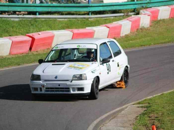 Clio Williams  F2000