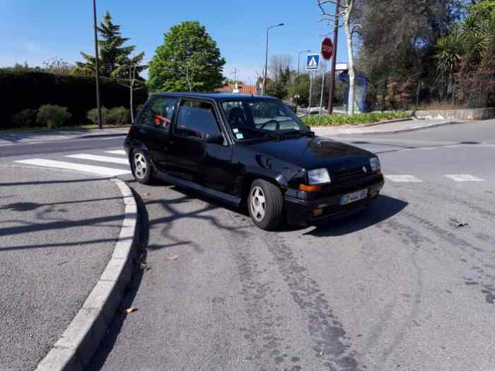 RENAULT 5 GT  TURBO 1