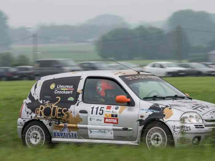 Renault Clio rs 2/6