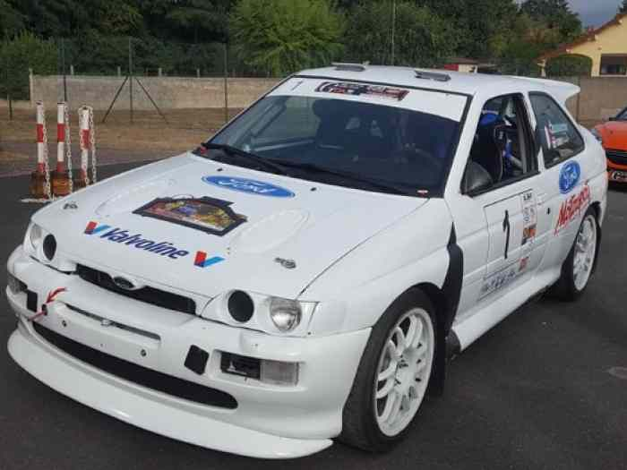 FORD ESCORT COSWORTH reprise possible ...