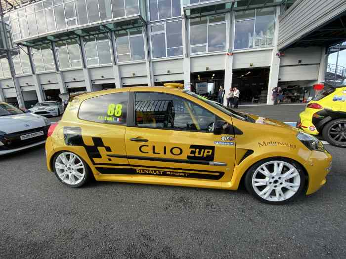 Clio 3 cup X85 - 12 834