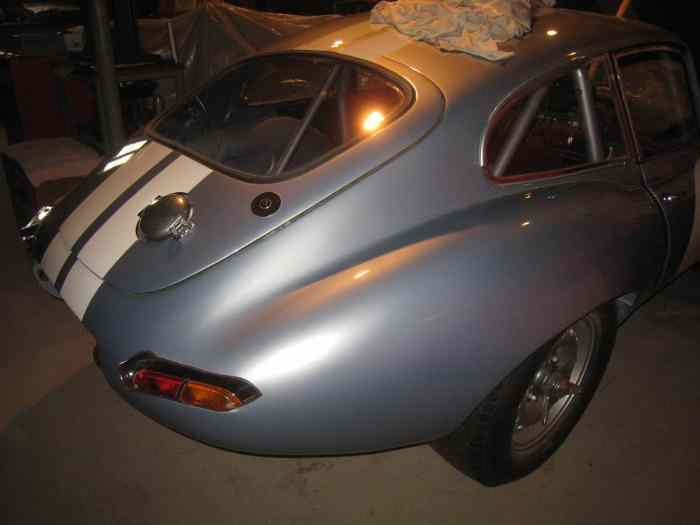 Jaguar Type E Light Weight replica