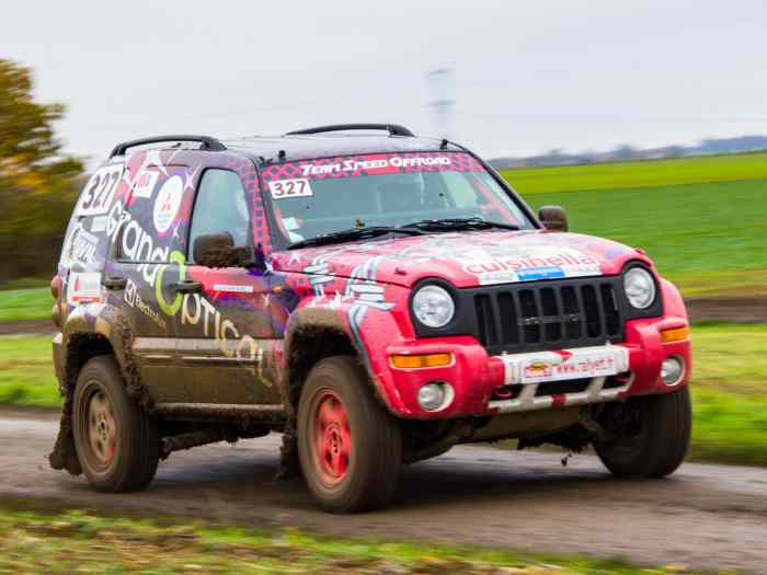 Team speed offroad vend JEEP cherokee