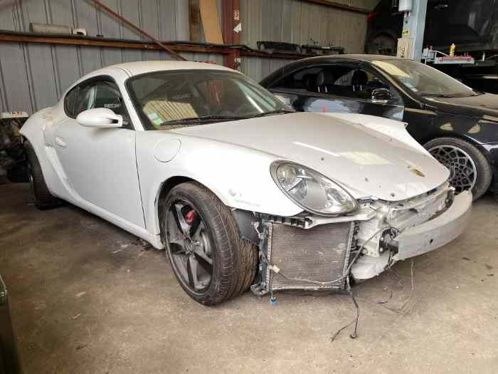 Porsche Cayman S GT  3.4 accidentée