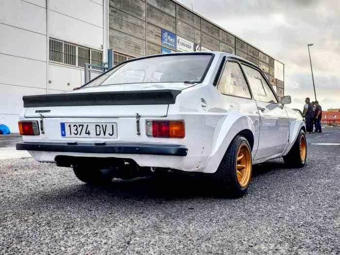 SE VENDE FORD MKII RS 2000 ACEPTO CAMB...