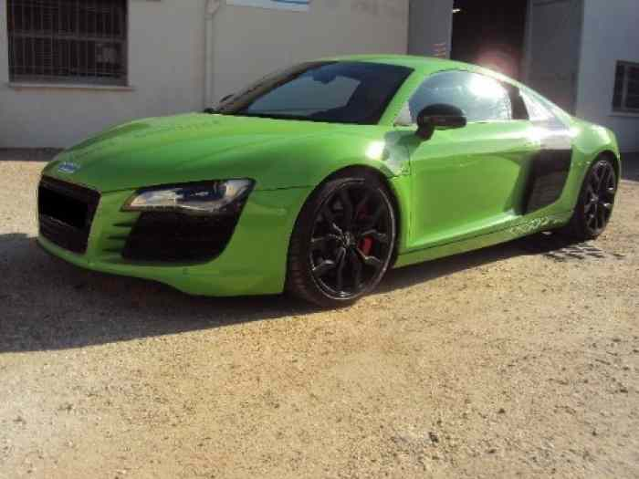 AUDI R8 COUPE 4.2