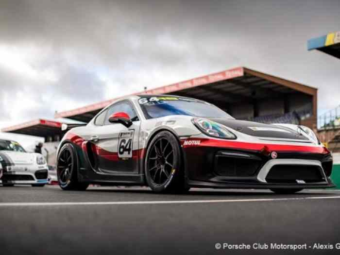 Cayman GT4 Manthey Racing